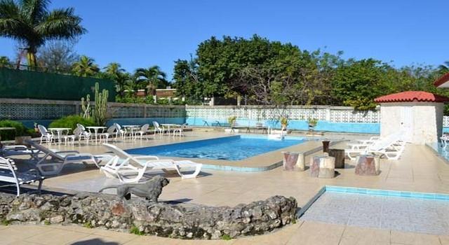 Casa con piscina ordaz siboney habana siboney la habana for Casas con piscina en cuba